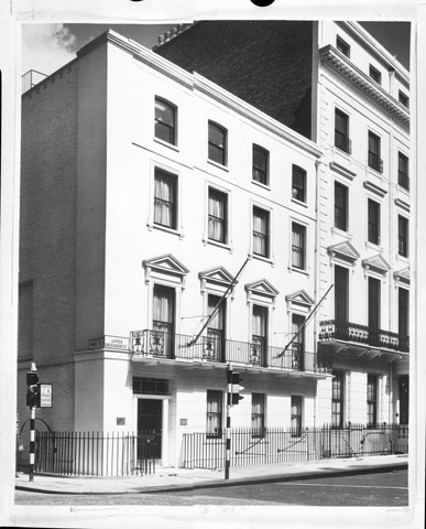 Façade of the Quebec House in London in 1964