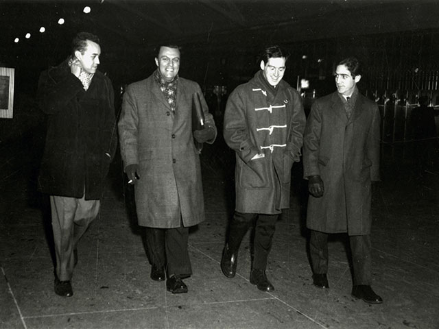 Marcel Chaput is welcomed at the station in Montréal by his friends of the Rassemblement pour l'indépendance nationale